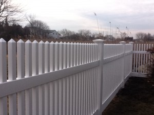 vinyl fence in Fairfield